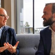 Jürgen Jungmair (PREFA) und Oliver Witvoet (easyconsult)